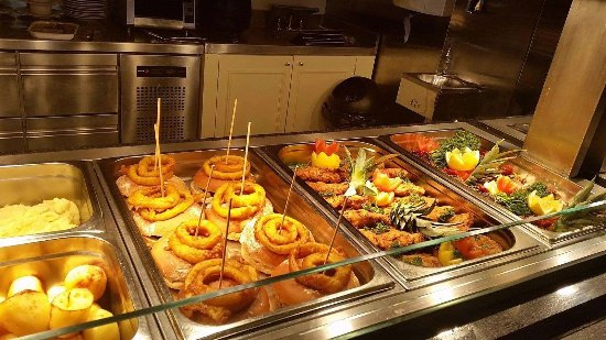 The Heights Hotel Killarney: Carvery lunch served daily