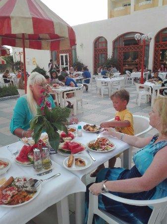 Le Royal Hotels & Resorts - Hammamet Hotel Reviews | Expedia