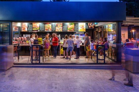 Fast Food Restaurants In Dubrovnik