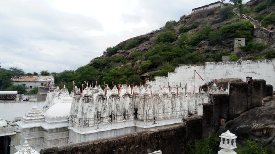 Sirohi, Indie: Beautiful place. Jain pilgrimage.
