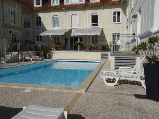 Hotel d 39 orbigny updated 2017 reviews price comparison for Chatelaillon piscine