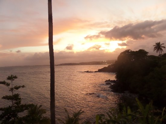 Bacolet Bay, Tobago: Sunset from our balcony