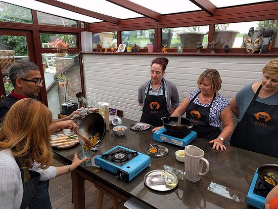 Spice Monkey Cookery School: Getting interactive at Spice Monkey