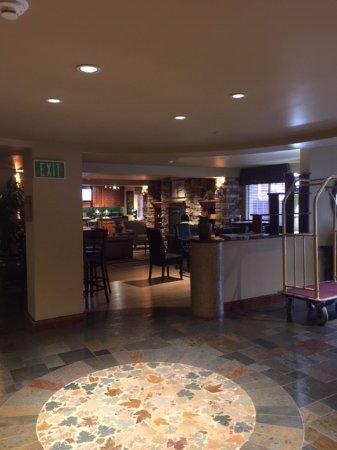 Larkspur Landing Pleasanton: Lobby