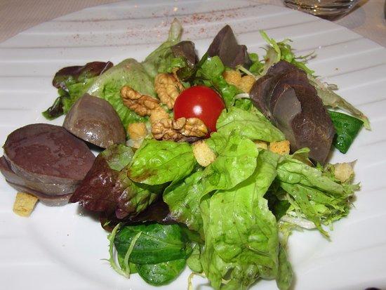 Tamnies, Francia: salade de gésiers
