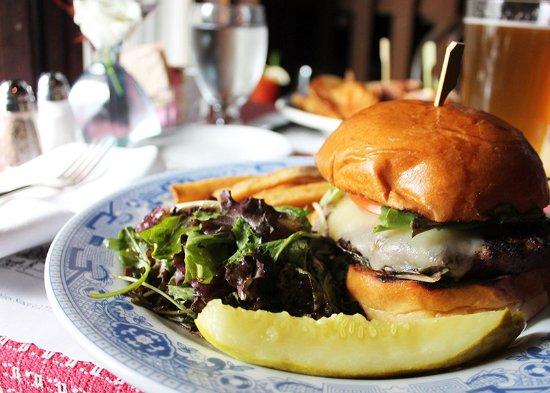 Red Lion Inn Dining Room: Grass-fed Beef Burger