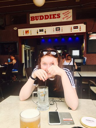 Buddies Bar ภาพถ่าย