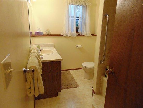 Courtenay, Canada: de badkamer.