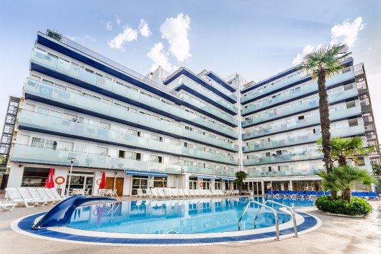 Hotel Mar Blau Photo