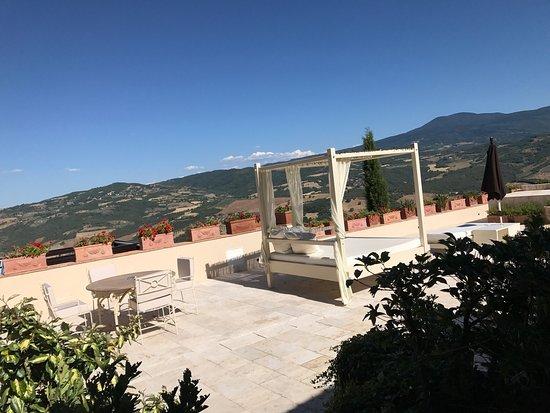 Il terrazzo privato room 22 con piscina termale!! - Picture of ...