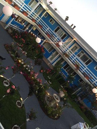 The Inn at Sunset Cliffs Image