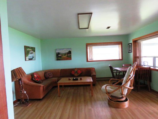 Gabriola Island, Canada: living room area that is reserved for our guests