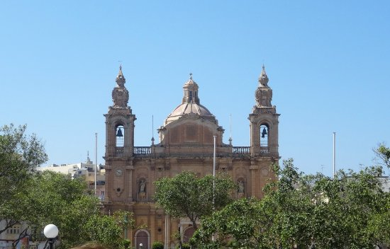 Msida, مالطا: Exterior