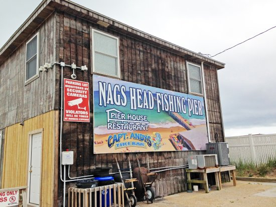 Nags Head Fishing Pier : Crusty and authentic, down-home appearance