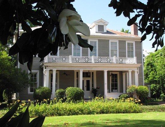 Clark House: photo0.jpg