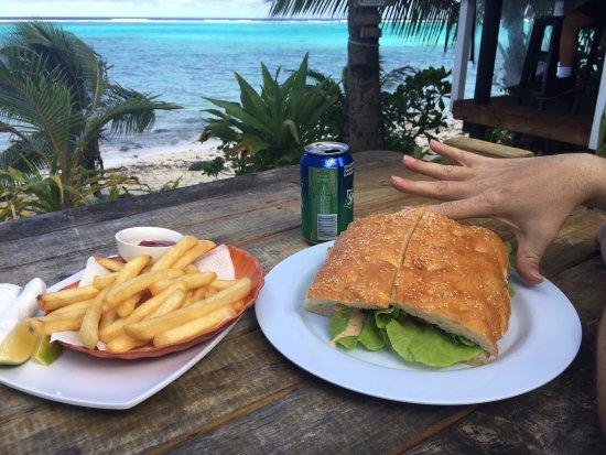 Titikaveka, Cookinseln: Fish sandwich