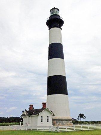 Bodie Island Lighthouse: Peaceful & serene setting