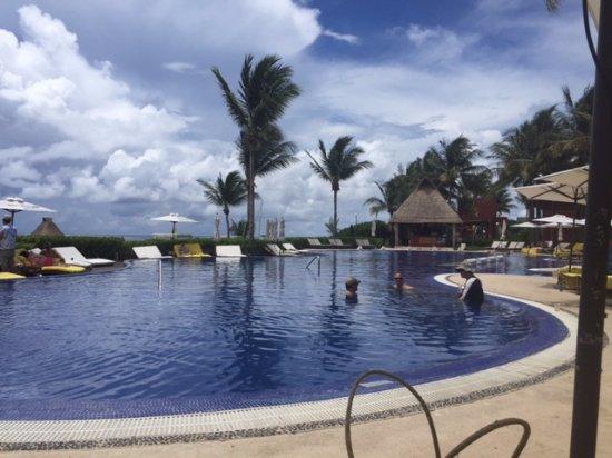 Zoetry Paraiso de La Bonita: Pool area - it's not a good photo - the sea was much more prevalent in person