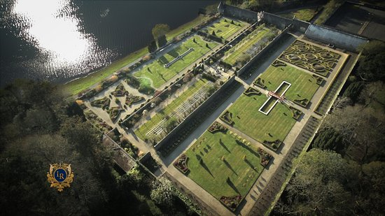 Mohill, Ierland: Ariel View of The Walled Gardens