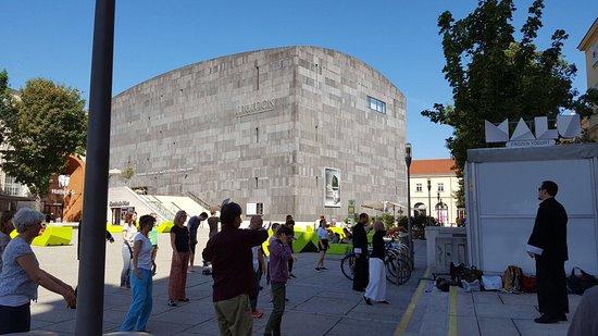 MuseumsQuartier Wien: photo2.jpg