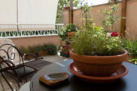 Galla Placidia Bed and Breakfast: green room terrace/terrazza camera verde