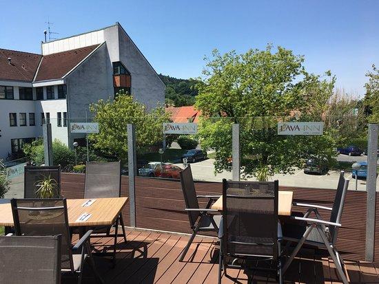 Feldbach, Österrike: Neues Team im Hotel Lava - Inn und neu gestaltete Terrasse!