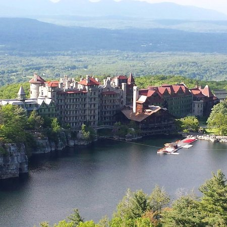 Mohonk Mountain House Photo