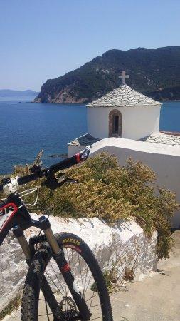 Skopelos Cycling : Mtb in skopelos town