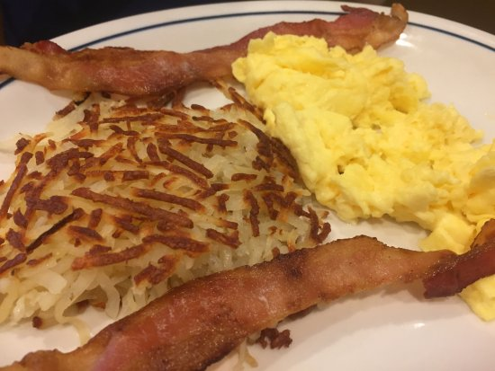 IHOP: Your standard eggs, bacon and hashbrowns. Nothing to complain about here.