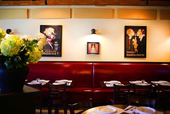 Mario's Restaurant & Pizzeria: Mario's Dining Room