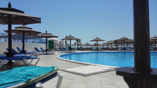 Aladdin Beach Resort: IMG_20170702_093552_large.jpg
