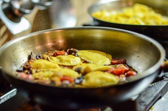Агиос-Прокопиос, Греция: Real time cooking