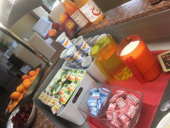 Amelie-les-Bains-Palalda, France: Petit déjeuner