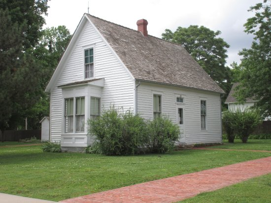 Lamar, Μιζούρι: This is Harry S.Truman birthplace. President Truman was born here, however his family moved befo