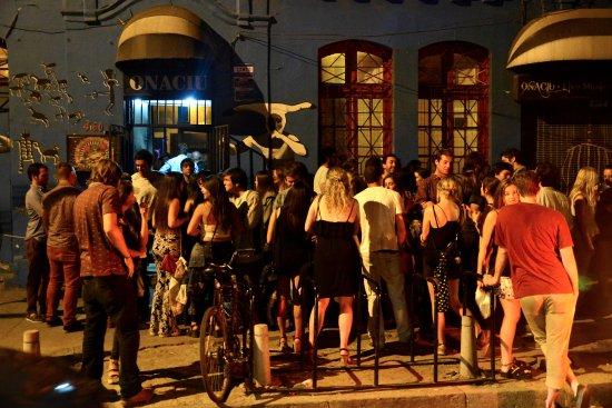 El mejor lugar para pasarlo bien con amigos, y conocer gente buena onda, en Santiago de Chile.