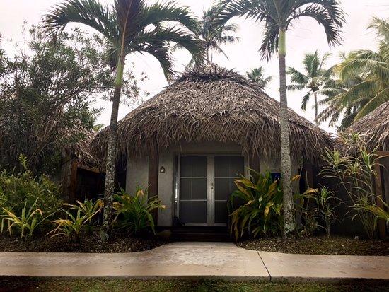 Royale Takitumu: Our beachfront villa