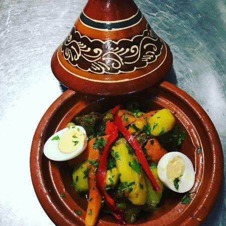 un restaurante tipico de marrakech