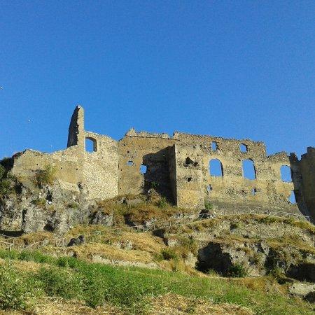 Santa Maria del Cedro, Italia: Castello di San Michele