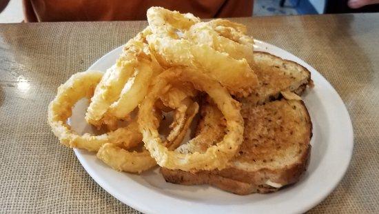 Ozark, MO: Reuben Sandwich w,/ onion rings
