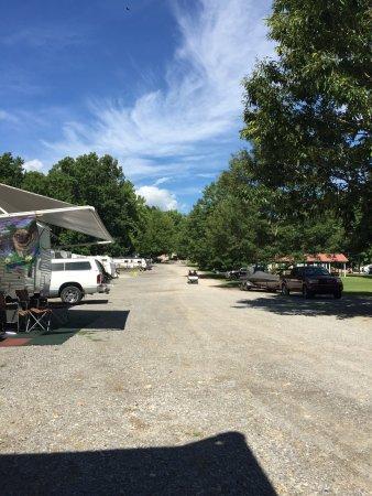 Goose Hollow Campground & RV Park