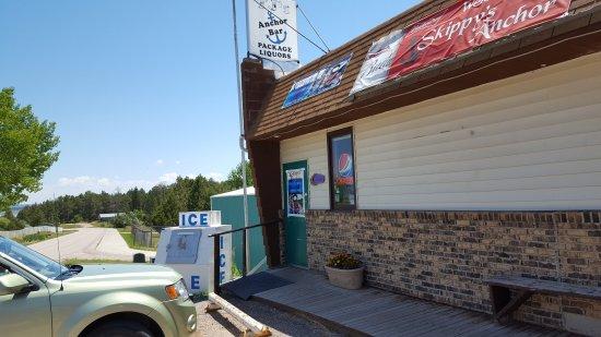 Pine Haven, WY: TJ's/Skippy's Anchor Bar