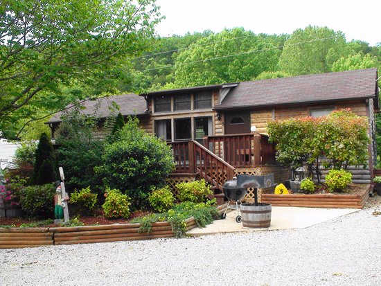 Salesville, AR: Gene's Trout Fishing Resort