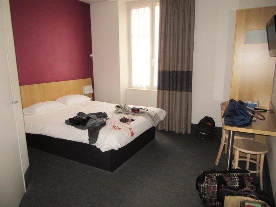b b hotel dijon centre updated 2017 reviews price comparison france tripadvisor. Black Bedroom Furniture Sets. Home Design Ideas