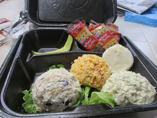 Olive Branch, MS: Trio of Chicken Salad and Pimento cheese on to go order