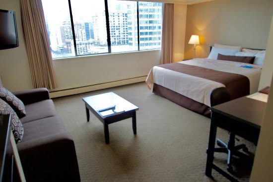 Century plaza hotel spa updated 2017 prices reviews for A salon century plaza