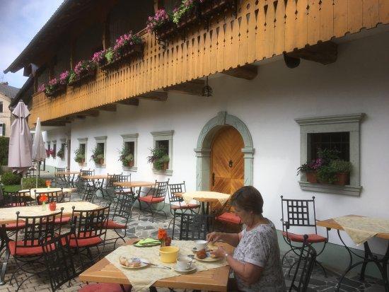 Penzion Mayer: Breakfast outside (if fine)