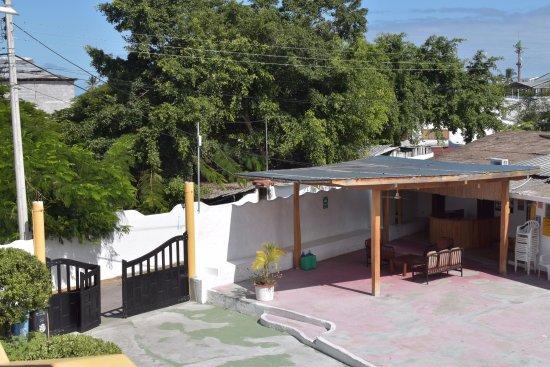Hotel Pelican Bay : Entrance and Reception Area