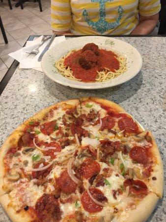 Antonio's Pizzeria : photo0.jpg