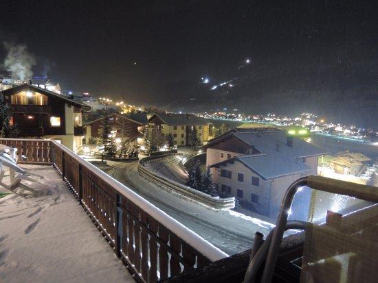 Hotel Teola Photo