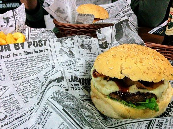 Ristorante cow burger in milano con cucina americana - Cucina americana milano ...